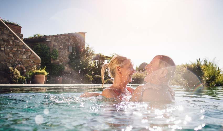 Pool im Garten - Wellness ganz privat